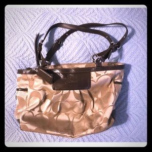 Excellent tan and brown Coach shoulder bag